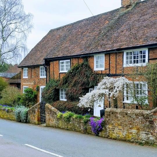 Contact Heath and Reach Parish Council - Village Green - Heath and Reach